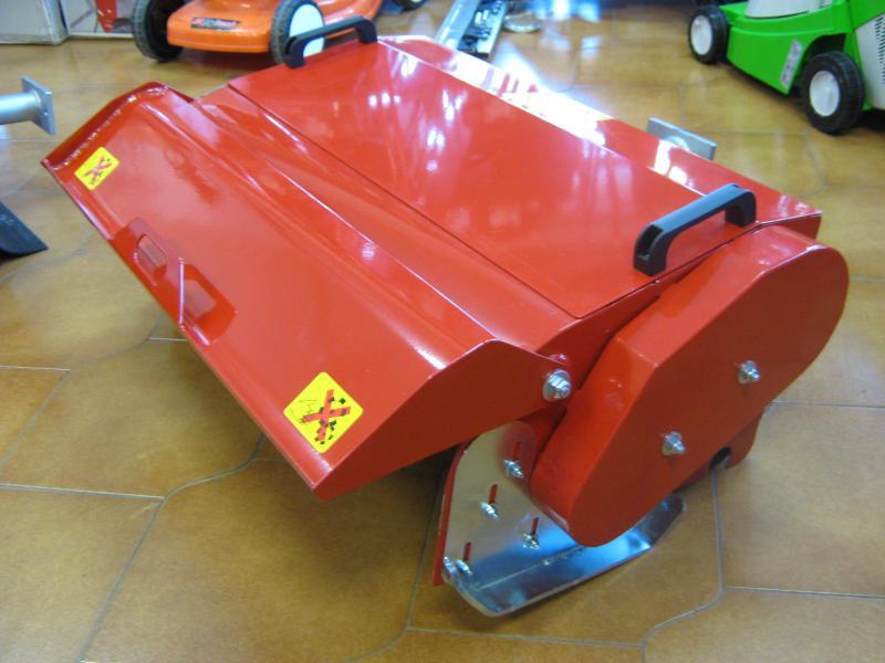 Trincia per motocoltivatore valpadana mulino elettrico for Bcs 602 con piatto taglia trincia erba