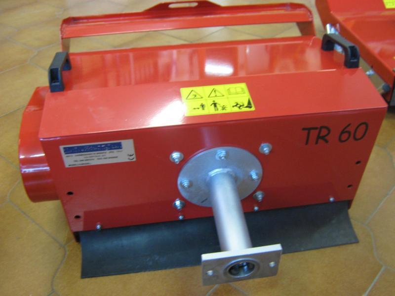 Trincia a coltelli da 60 cm per motocoltivatore for Trincia per pasquali